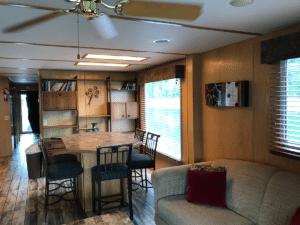 The Heron Houseboat - 11